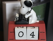 Snoopy typing Calendar